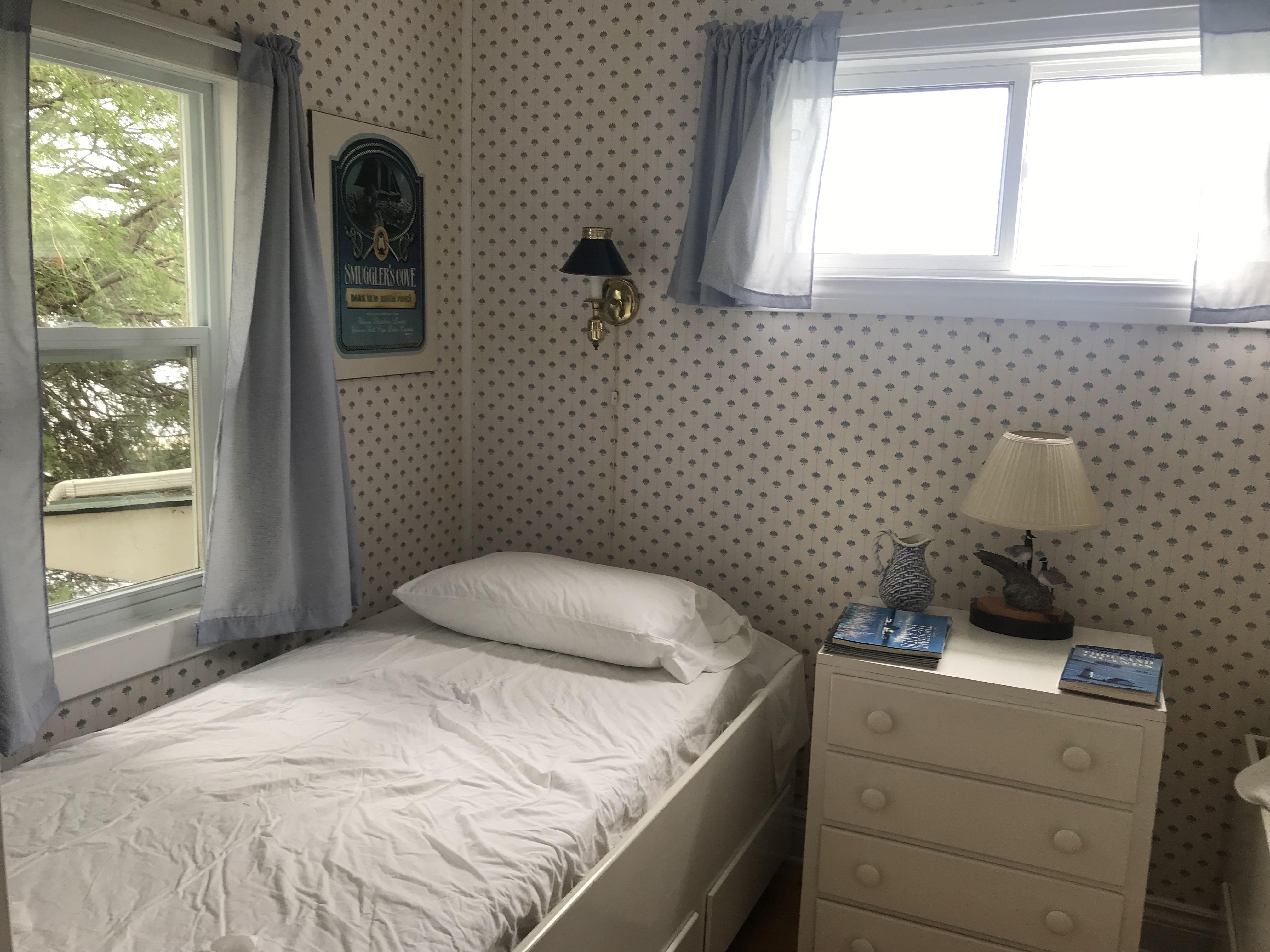 13 Bedroom NW